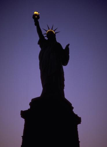 ny_statue_1